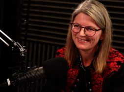 Lene Conradi er ordfører i Asker kommune. Her besøker hun podcasten Lederliv og er i samtale Ole Christian Apeland