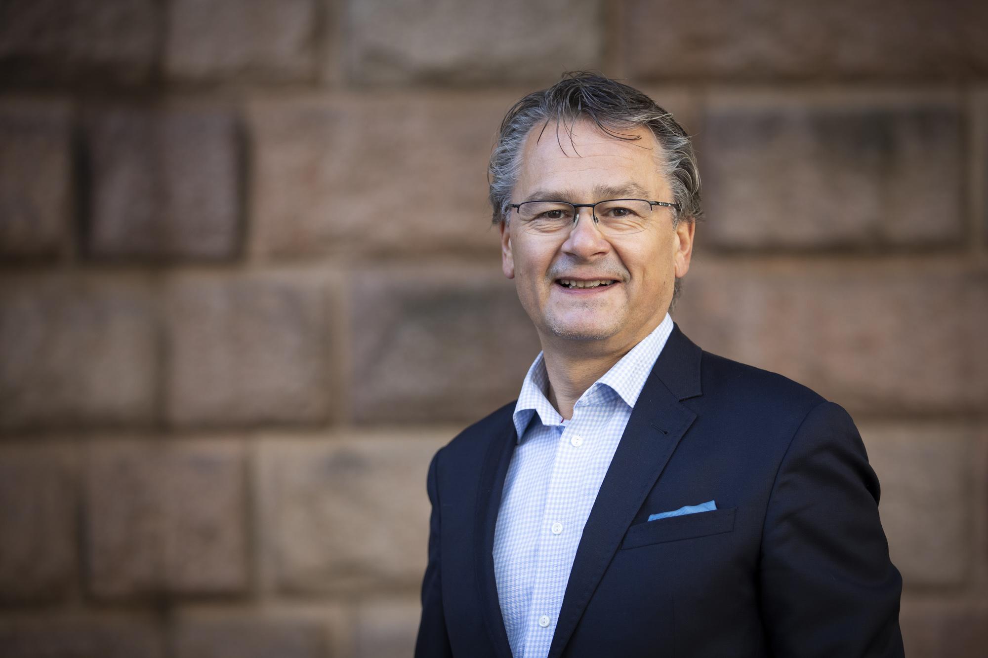 Håkon Liland, Morgenlevering